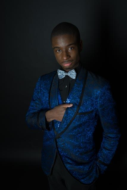 Blue suit DDP